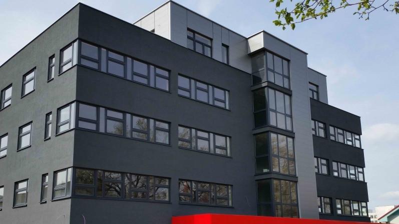 Administratívna budova YVES